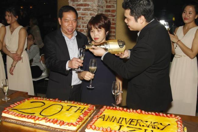 IZU festeggia i 20 anni a Milano