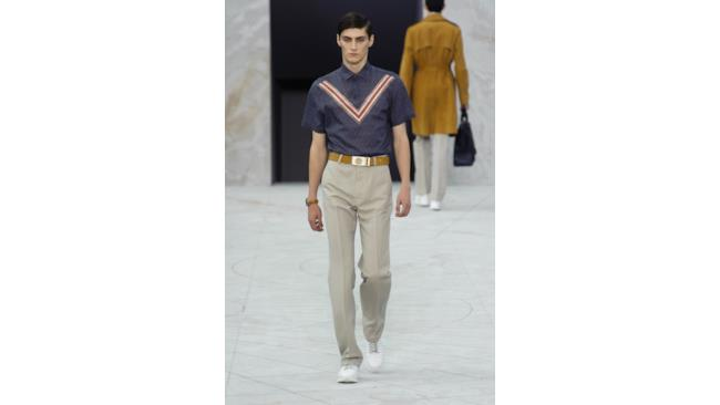 La nuova collezione Louis Vuitton per la primavera estate 2015, Paris Fashion Week