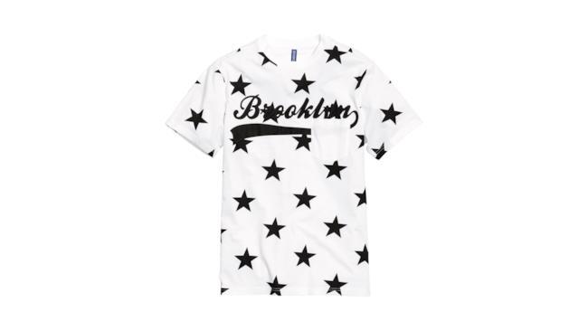La maglia di H&M per i saldi 2014 diventa un must have