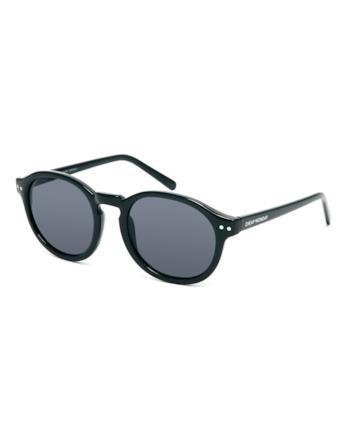 Sunglasses della Cheap Monday per un look alla Ryan Reynolds per l'estate 2014