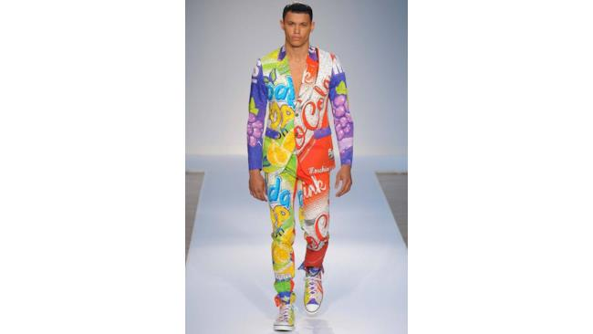 Collezione primavera estate 2015 di Moschino by Jeremy Scott , London fashion Week