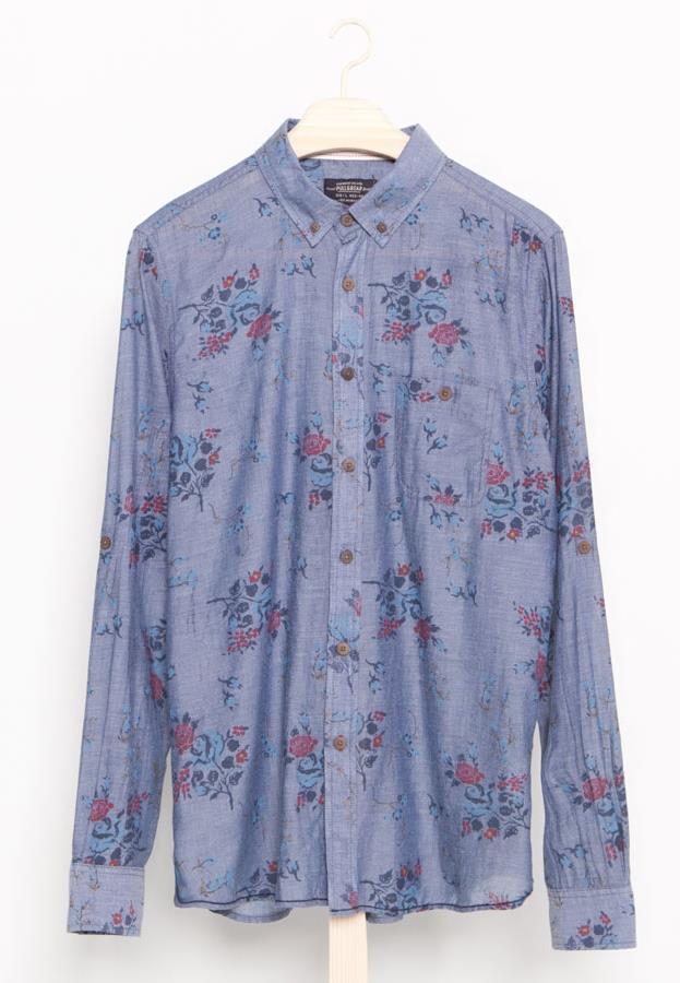 Camicia con fantasia floreale di Pull & Bear per la shopping list