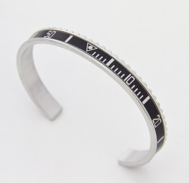 Speedometer Official Black, per il tuo regalo di Natale.
