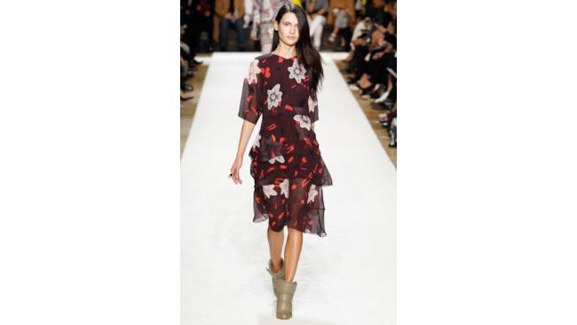 Chloè sfila a Parigi per la settimana della moda