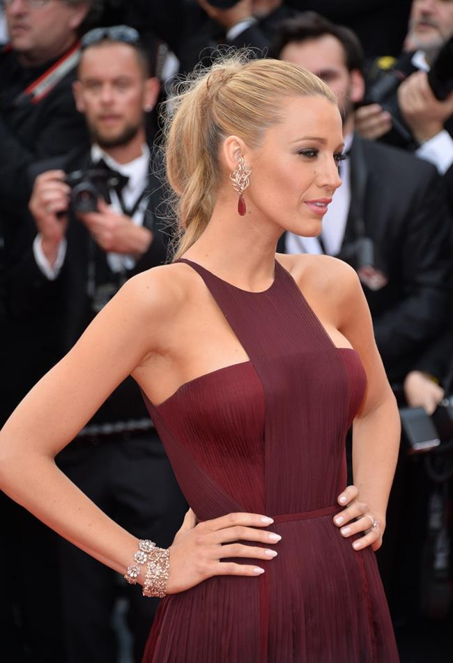 Cannes 2014 Blake Lively sul red carpet del festival