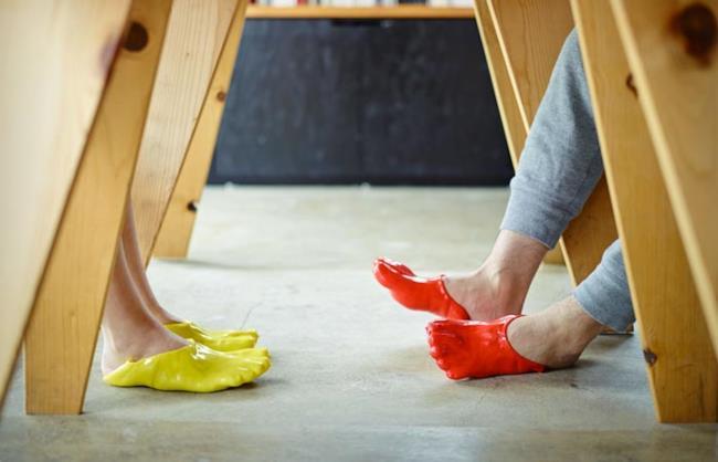 FONDUE SLIPPERS sono le scarpe pensare ed ideate da Satsuki Ohata
