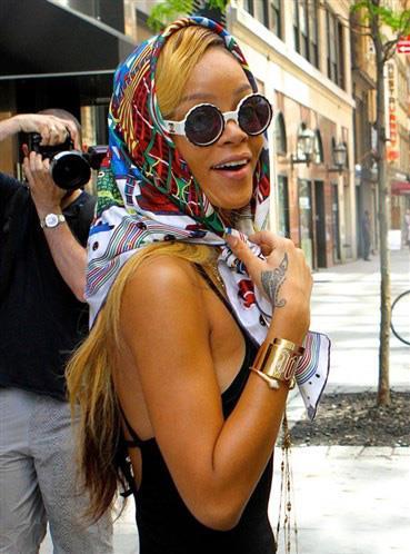 La tendenza della summer 2014 è portare la bandana nei vostri look