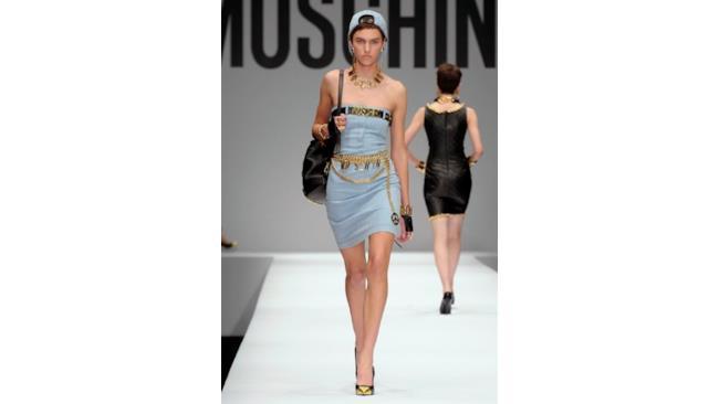 Moschino sfila per la Milano Fashion Week Donna 2014