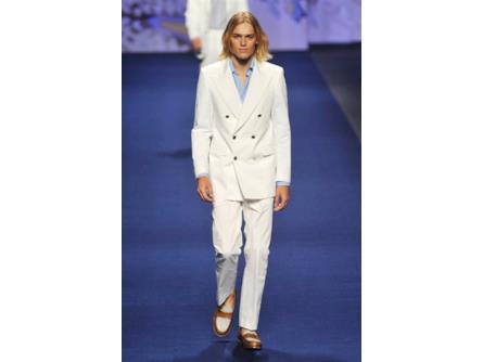 sports shoes 475cb 6e27d Etro spring summer collection 2015 uomo, abito bianco con ...