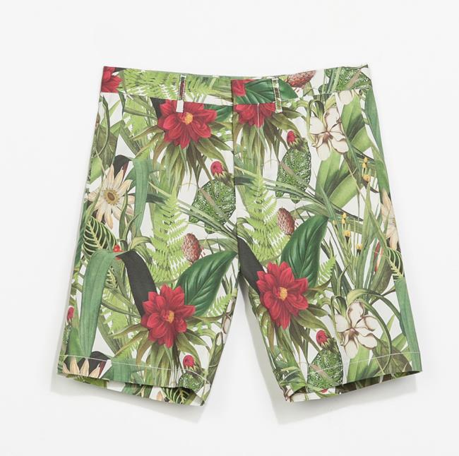 Per i saldi 2014 non perderti i pantaloncini da uomo a fiori di Zara