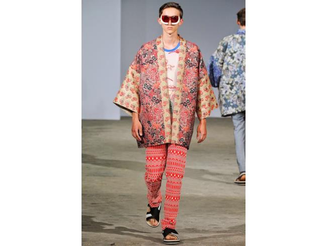 La nuova collezione di Walter Van Beirendonck per la primavera estate 2015, Paris Fashion Week