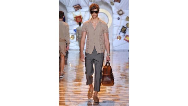 La nuova collezione di Versace per la primavera estate 2015, Milano Fashion Week