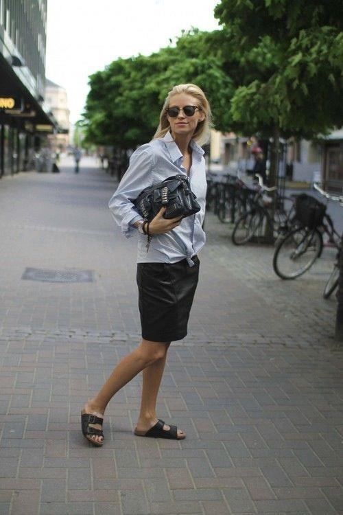 Per la stagione estiva è un must indossare i sandali bassi da donna