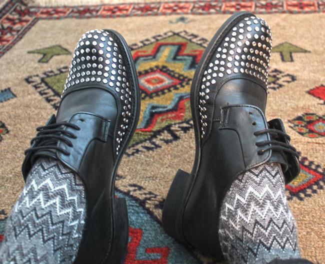 Calze di Missoni, scarpe borchiate di Zara