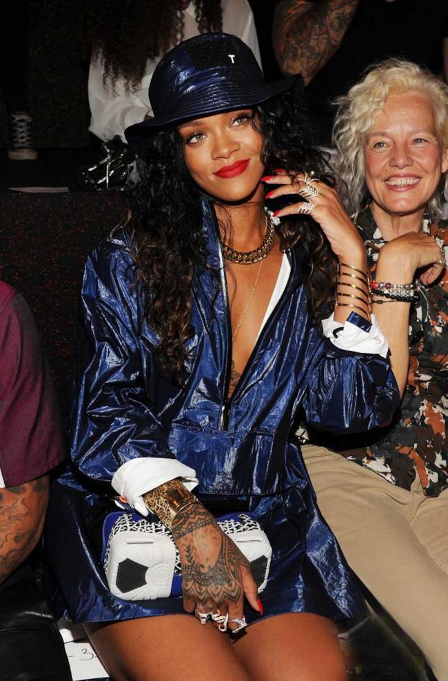 Rihanna alla sfilata di Alexander Wang per la New York Fashion Week di settembre 2014