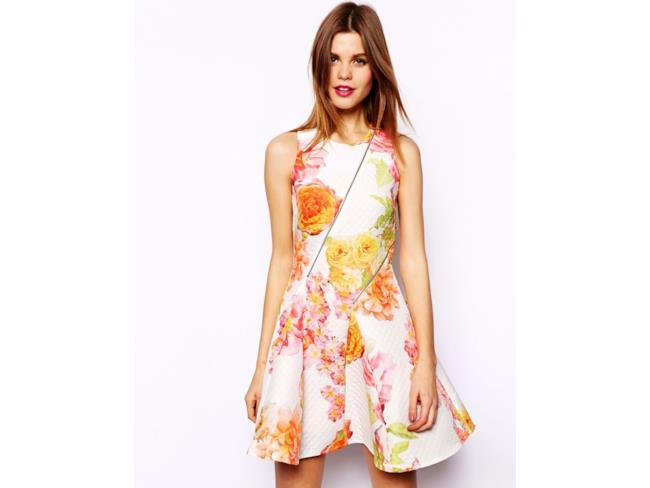 Saldi estivi 2014 i migliori abiti fiorati da indossare per l'estate 2014