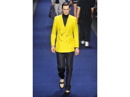 big sale b59da 77697 Etro spring summer collection 2015 uomo, doppiopetto giallo ...