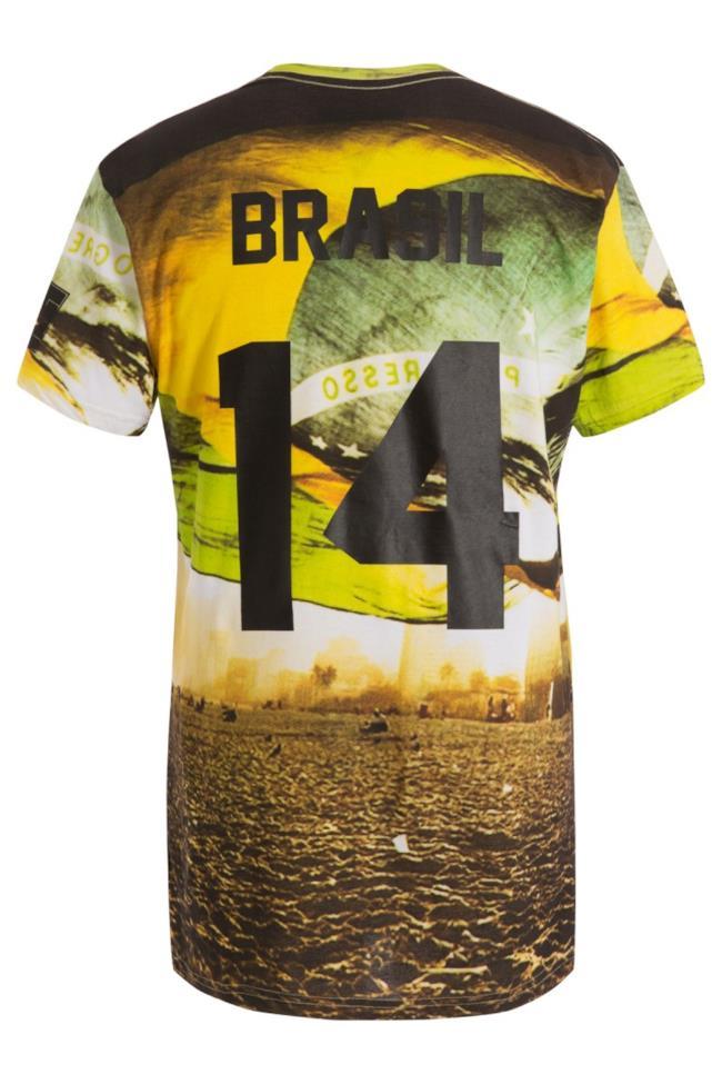 Per i Mondiali di Calcio Eleven Paris presenta una nuova collezione di t-shirt
