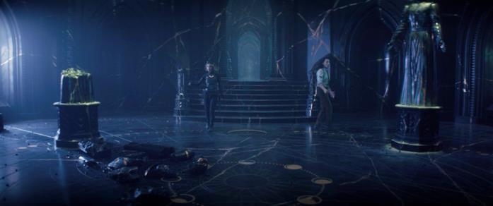 Sylvie e Loki trovano le statue dei Custori del Tempo nella Cittadella