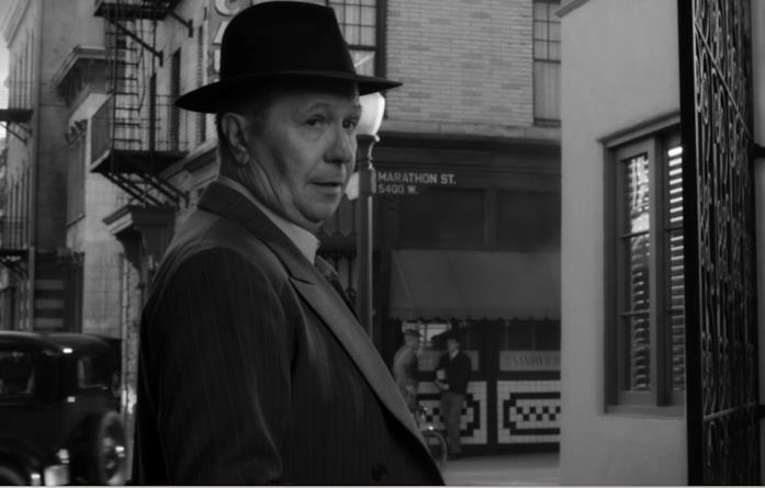 Gary Oldman in Mank