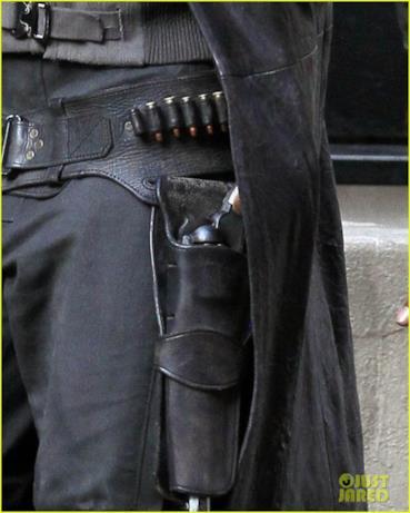 La pistola usata da Elba, che interpreta un pistolero nel film