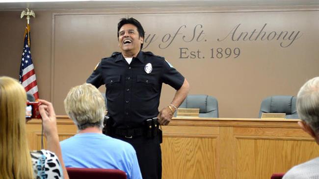 Eric Estrada presso il comune di St. Anthony in Idaho