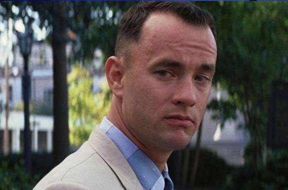 Tom Hanks nel ruolo di Forrest Gump