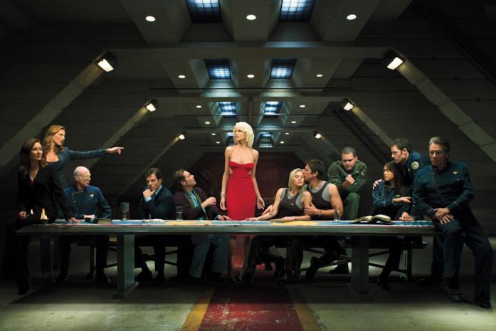 L'equipaggio della Galactica e la spietata Cylon