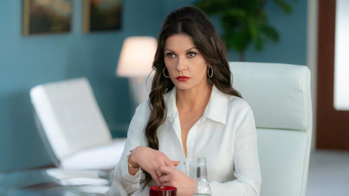 Catherine Zeta-Jones nella serie Queen America