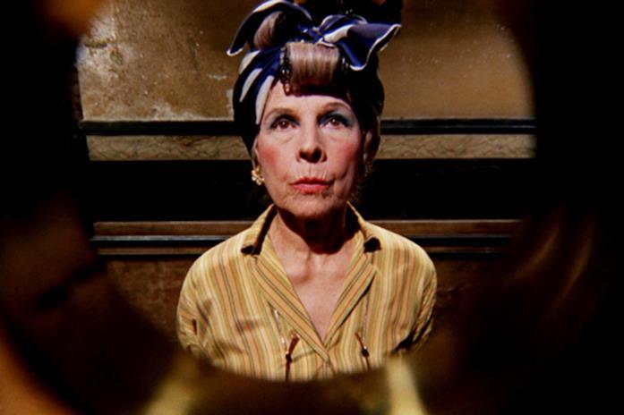 Minnie Castevet è interpretata da Ruth Gordon