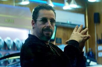 Adam Sandler in una scena del film Uncut Gems
