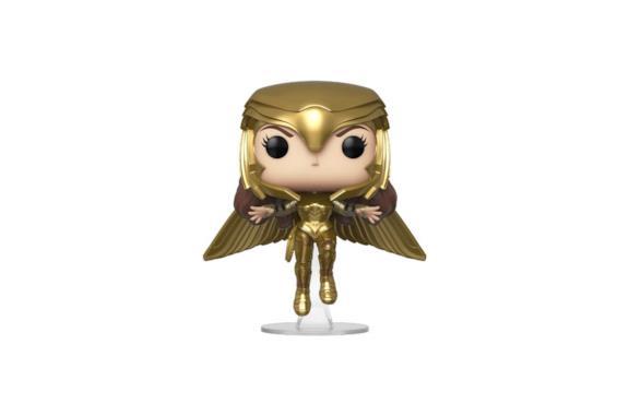 Primo piano di Gal Gadot con la Golden Armor
