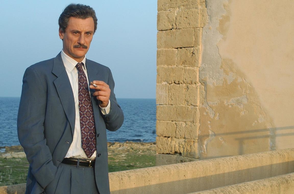 Giorgio Tirabassi in una scena della mini-serie Paolo Borsellino