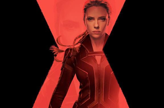 Scarlett Johansson come Vedova Nera