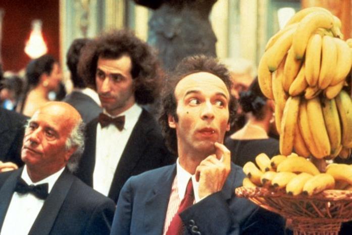 Roberto Benigni in una scena del film