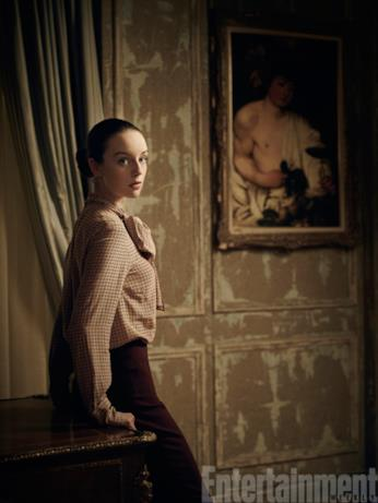 Kacey Rohl - Kerry Campbell