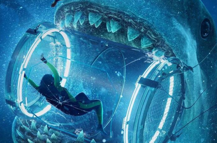 Un'immagine che ritrae l'attacco di uno squalo in The Meg