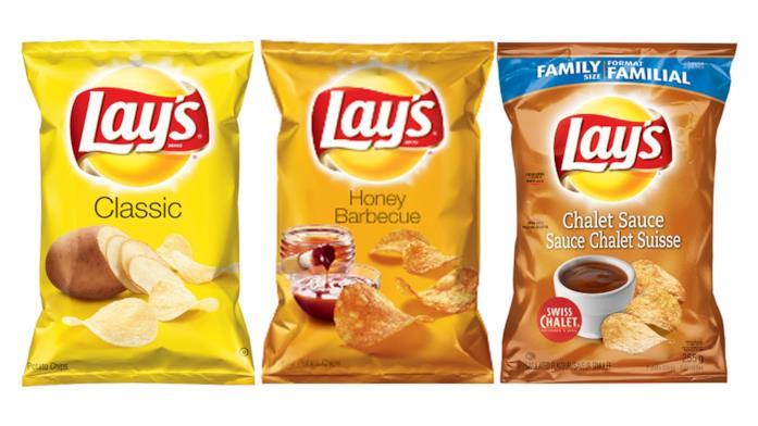 Tre confezioni di patatine fritte di Lay's