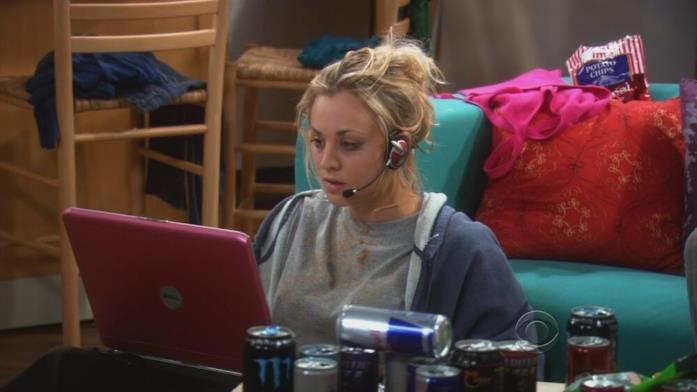 The Big Bang Theory: Penny non smette di giocare