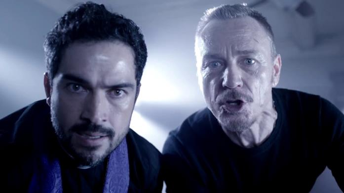Padre Marcus e padre Tomas in The Exorcist 2