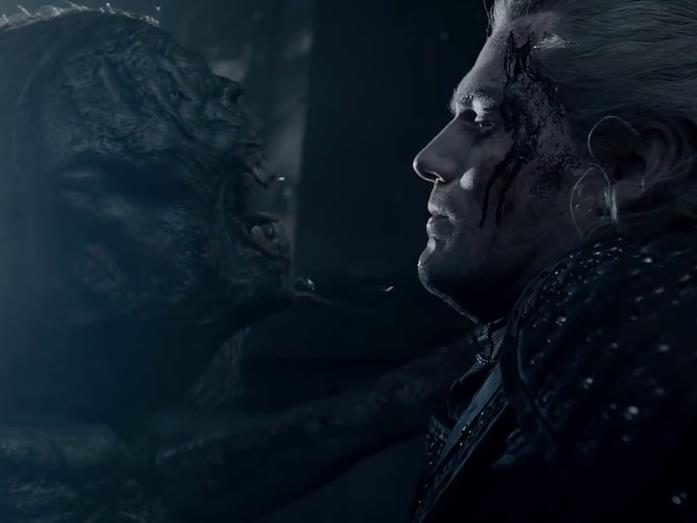 Henry Cavill interpreta Geralt di Rivia in The Witcher