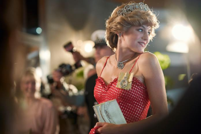 Diana indossa abito rosso