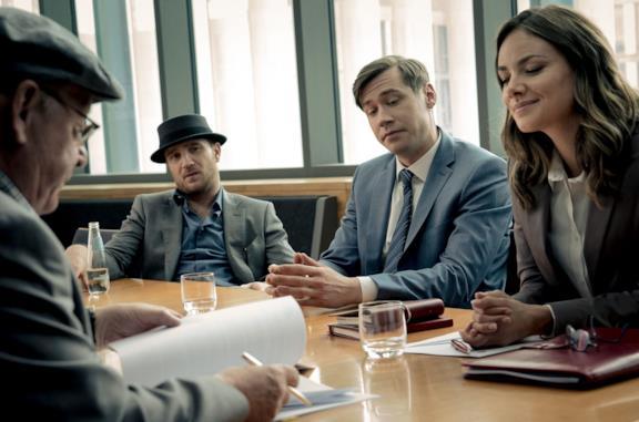 Frederick Lau, David Kross e Janina Uhse in una scena del film La febbre del cemento