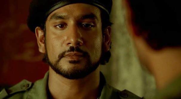 Sayid in una scena di Lost