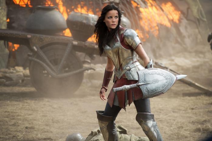 Lady Sif in battaglia