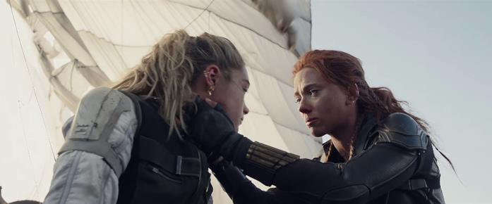 Natasha e Yelena atterrano sane e salve