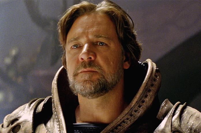 Un'immagine di Russell Crowe ne L'Uomo d'Acciaio