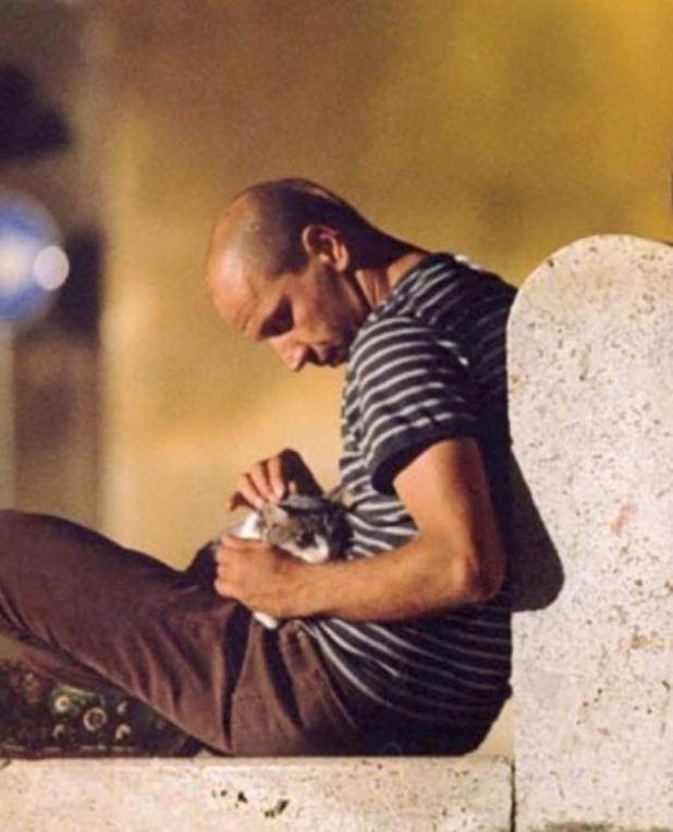 Tre Uomini E Una Gamba Le Frasi E I Dialoghi Piu Divertenti Del Film