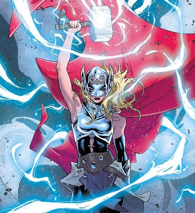 Lady Thor impugna il mitico martello