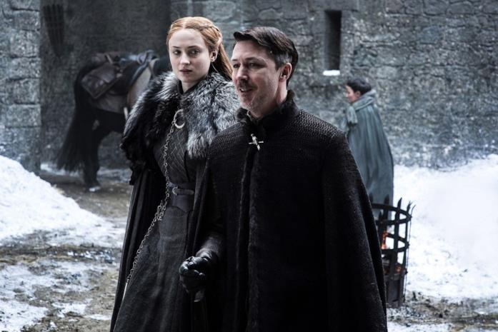 Sophie Turner e Aidan Gillen in Game of Thrones